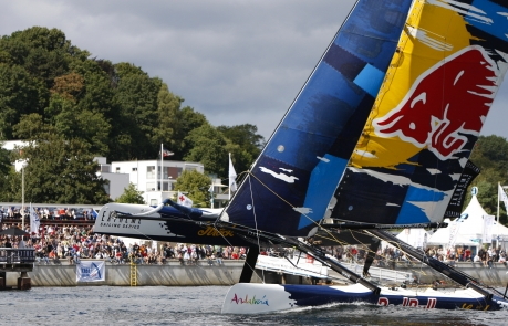 Red Bull Sailing Team ( Photo by Paul Wyeth / OC Events )